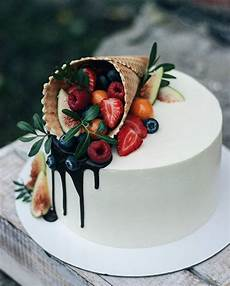 Einfache Torten Dekoration Cake Deko Mit Eiswaffel Und