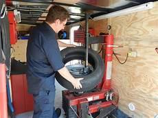 changement de pneu a domicile atelier de pneus mobile accueil