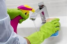 6 Tipps F 252 R Die Reinigung Des Badezimmers Mit Wei 223 Em Essig
