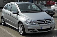 File Mercedes B Klasse Facelift Grand Edition Front