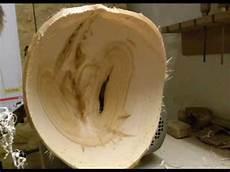 Vom Holzhaufen Zur Fertigen Schale