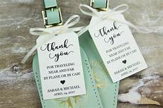 creative wedding favors for your destination wedding