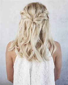 Simple Wedding Hair Style Pins 5 easy wedding hairstyles for brides purewow wedding