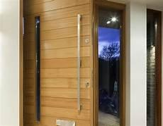 porte entrée isolante porte d entr 233 e isolante budget maison