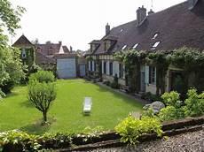 maison de caract 232 re avec jardin dans proche