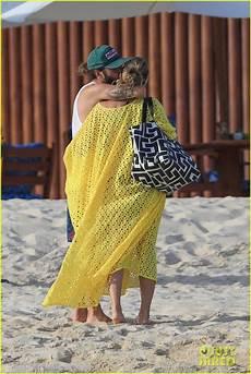 heidi klum tom kaulitz mexico heidi klum kisses boyfriend tom kaulitz on the in