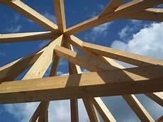 dachkonstruktionen aus holz professionelle dachkonstruktionen