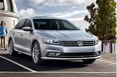 2018 Volkswagen Passat Larry Roesch Volkswagen
