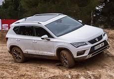 seat ateca review 2019 parkers