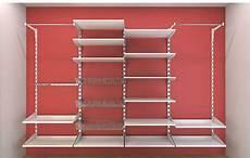 scaffali per cabine armadio cabina armadio elegante con o senza tubi quale comprare