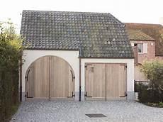 2 Garage Doors Vs 1 by 57 Best Pastorijstijl Images On Belgian Style