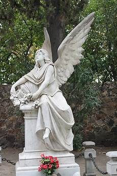 ange pour tombale statue cemetery 183 free photo on pixabay