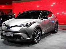 Fiche Technique Toyota C Hr 1 8 Hybride 122 Graphic 2016