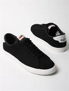 nike tennis classic ac nd suede trainers in black for