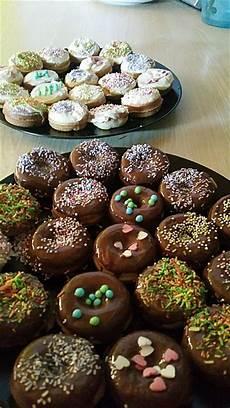 mini donuts rezept mini donuts f 252 r den donut maker rezept mit bild