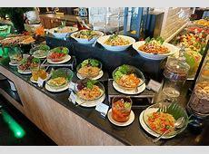 JJ IN DA HOUSE: International Buffet Dinner & Christmas