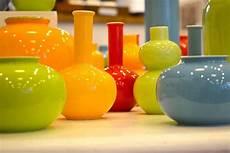 vasi in plastica colorati vasi colorati fioriere