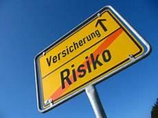 Die Wichtigsten Versicherungen In Deutschland The Bridge