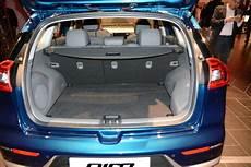 kia sportage volume de coffre kia niro 224 bord du nouveau suv hybride de kia