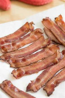how to cook bacon in the oven easy oven bacon recipe
