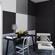 wand grau streichen ideen schwarze w 228 nde 48 wohnideen f 252 r moderne raumgestaltung