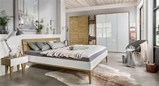 elegante schlafzimmerm 246 bel aus hochwertiger wildeiche