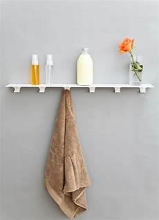 regal mit haken minimalistische storage regal mit haken f 252 r k 252 che bad oder