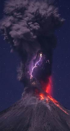 download volcanic lightning hd wallpaper for iphone 6 6s hdwallpapers net