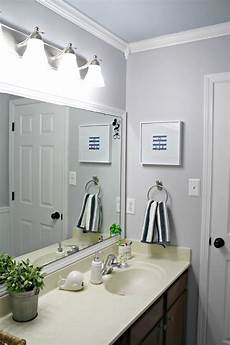 a simple bathroom makeover paint is the bomb from thrifty decor chick