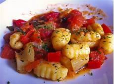 gnocchi mit tomaten fenchel gem 252 se gruebel chefkoch de