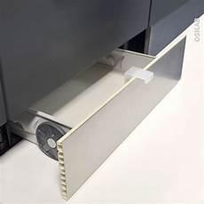 plinthe de cuisine tiroir sous plinthe pour meuble de cuisine l60 cm sokleo rangement meuble cuisine tiroir