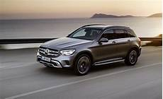 2020 Mercedes Glc 300 Debuts With More Power Bigger
