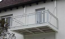 balkon anbauen ohne stützen freitragender balkon balkonanbau ohne st 252 tzen leeb