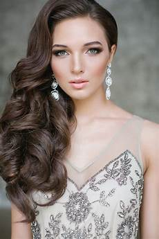 elegant side swept curls nothing else needed in 2019 wedding hair wavy wedding hair