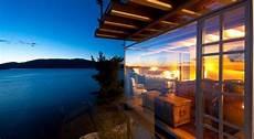 Haus Auf Wasser - modernes haus am wasser bietet einen atemberaubenden