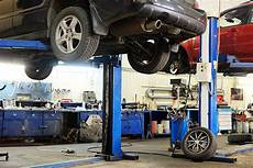 pont de voiture auto repair shop pictures images and stock photos istock