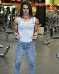 fitness model frau cass martin modelos de deporte m 250 sculo femenino y