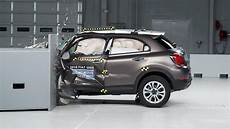 test fiat 500x 2016 fiat 500x driver side small overlap iihs crash test