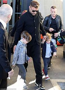 ricky martin kinder ricky martin reveals he is to complete his family with a