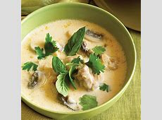 thai chicken and coconut soup  tom kha kai_image