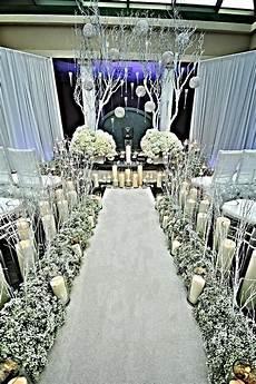 white winter wonderland wedding ceremony design