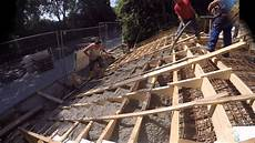 Bau Einer Freitreppe Aus Betonstufen Und Betonfertigteilen