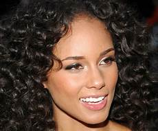 30 exceptional curly weave hairstyles slodive