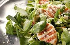 caesar salad rezept cajun chicken caesar salad recipe sparkrecipes