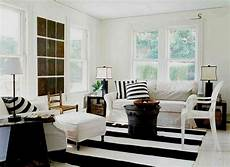 Home Decor Ideas For Living Room With Black Sofa by Black And White Country Living Room Decor Black And White