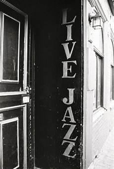sets the mood via live jazz be here for the music jazz artists jazz diana