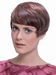 Retro 50s Haircut With Fanned Out Sideburns