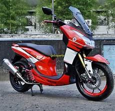 Modifikasi Yamaha 125 by Modifikasi Yamaha 125 Pakai Visor Tinggi Keren Juga