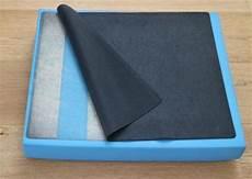 fliesen lösen ohne beschädigung pvc kleber entfernen pvc boden kleber vom teppich