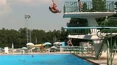 piscina il gabbiano tuffo alla celentano di nando nella piscina gabbiano